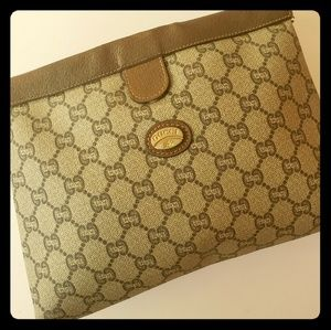 Gucci make up pouch